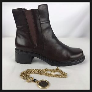 "Covington ""Daley"" Brn Leather Short Boots Sz 8 1/2"